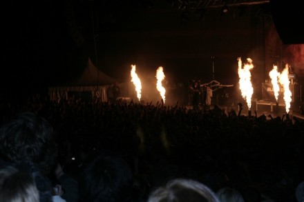 Bliss n Eso on stage with an explosive start