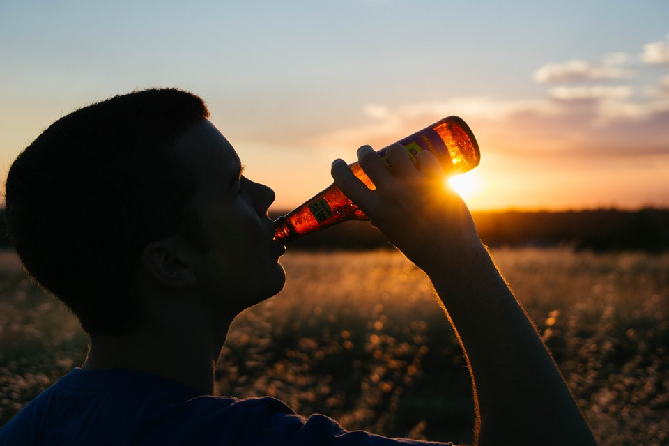 Teens shun underage drinking as parents turn off the tap